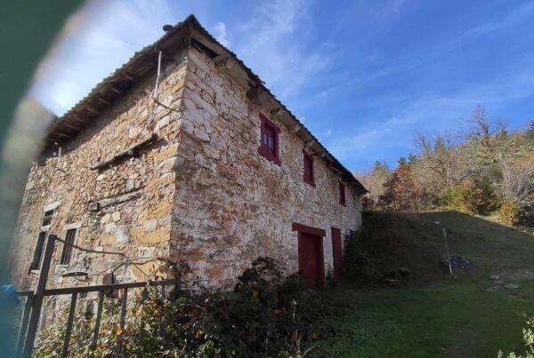 Paseo desde Jaurrieta al Manantial de Laurentze y el molino